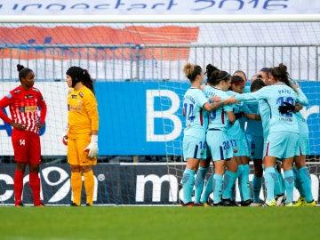 Las jugadoras del Barcelona celebran uno de sus goles contra el Avaldsnes