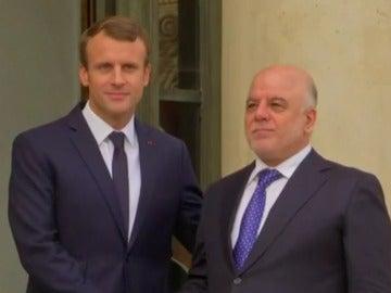 Macron con el primero ministro iraquí