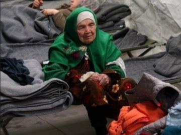 Anciana a la que un tribunal sueco ha concedido el asilo temporal