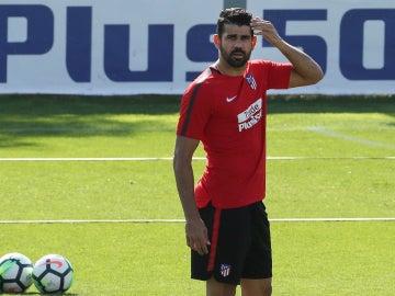 Diego Costa se entrena con el Atleti