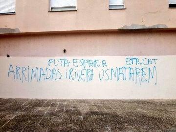 Pintadas amenazantes en la sede de Ciudadanos en Girona