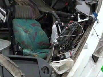 Al menos 19 muertos en un choque entre un tren y autobús en Rusia