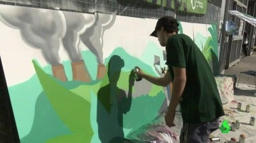 Murales de denuncia para celebrar el Día de Acción por la Justicia Climática y Energética