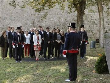 Carles Puigdemont, Ada Colau y Carme Forcadell durante el homenaje al exexpresident Luís Companys