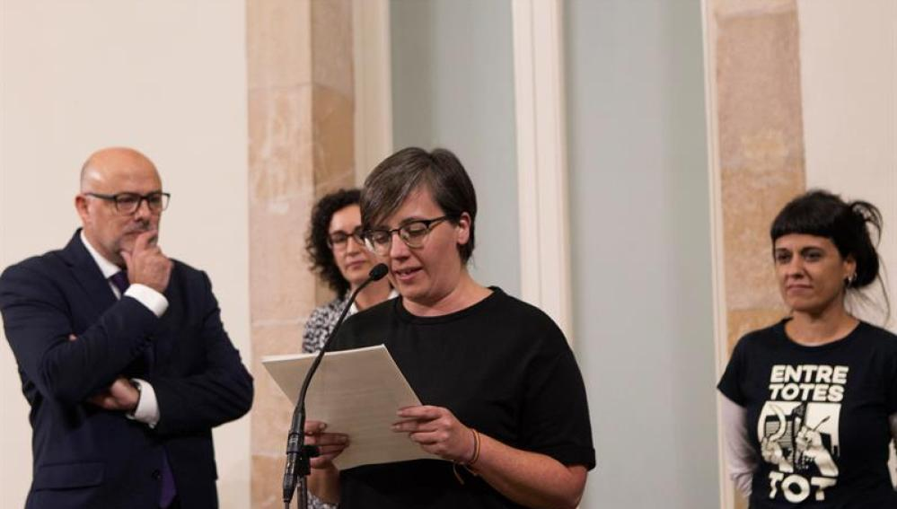 Mireia Boya y Anna Gabriel en el Parlament