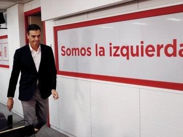 Pedro Sánchez antes de comparecer en Ferraz