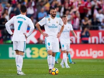 Cristiano, Benzema y Kroos se lamentan tras un gol del Girona