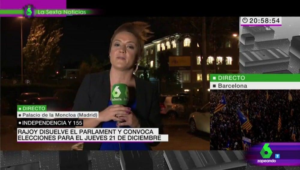 Cristina Pardo en directo con el flequillo rebelde