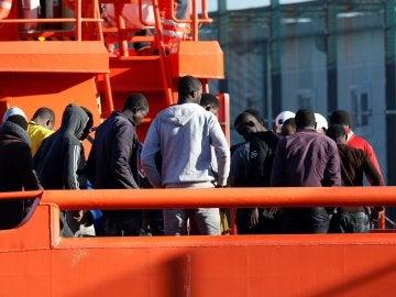 Inmigrantes rescatados en Almería