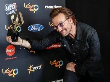 Bono en la entrega de premios de Los40 en Madrid