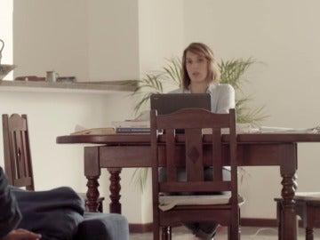Jordi Évole con la periodista Alicia Hernández