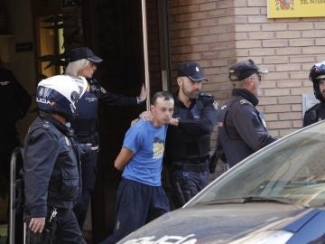 El hombre que presuntamente degolló a su hija en Alzira