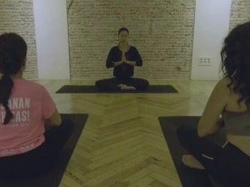 08:15 a.m: Yoga con Xuan Lan
