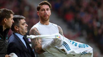 Sergio Ramos tras la patada de Lucas