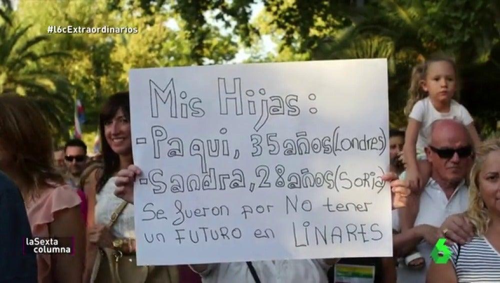 """Linares, la ciudad de 58.000 vecinos que sacó a la calle a 40.000 manifestantes: """"Los prejubilados mantienen a las familias"""""""