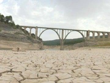 La sequía deja los embalses españoles en mínimos históricos