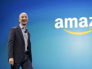 El verdadero ganador del Black Friday: Jeff Bezos ya tiene 100.000 millones de dólares