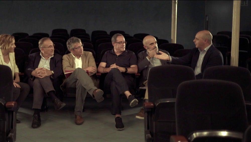 Cristina Pardo con políticos en Malas Compañías