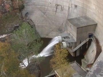 La reserva de agua sigue bajando a pesar de la lluvia.
