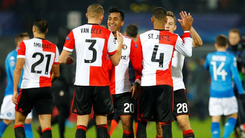 El Feyenoord celebra su triunfo ante el Nápoles