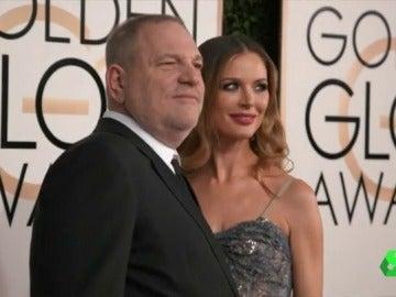 El productor Harvey Weinstein posa para la prensa