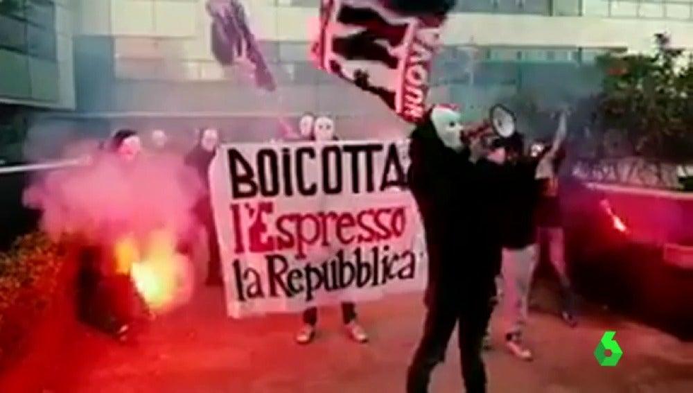 Ataque y sabotaje de los ultraderechistas de 'Forza Nuova' al diario italiano 'La Repubblica'