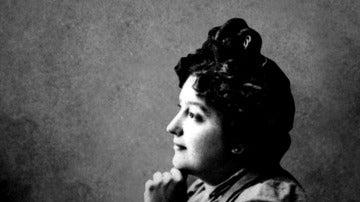 Vida e historia de Carmen de Burgos, la brillante mente detrás de 'Perico el de los palotes' que el franquismo quiso borrar de nuestra memoria