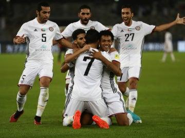 El Al Jazira celebra un gol