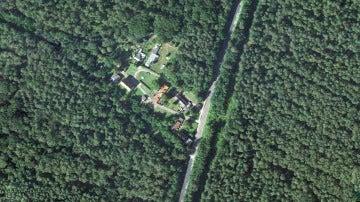 Imagen de satélite de Alwine, la aldea alemana subastada por 140.000 euros