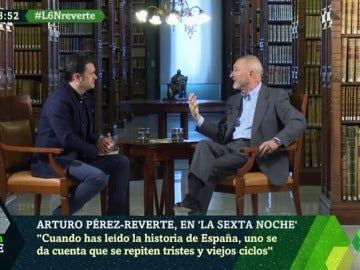 """Arturo Pérez-Reverte: """"Me enfada la estupidez, la bobada; el inculto que se atreve a sentar cátedra a partir de su ignorancia"""""""