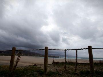 Vista de la playa de Sabón en la localidad coruñesa de Arteixo