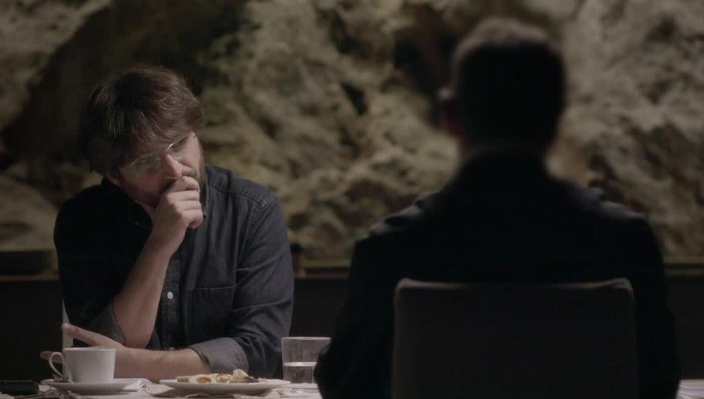 Javier, víctima de abusos sexuales por parte del sacerdote Ramos Gordón, hablando con Jordi Évole