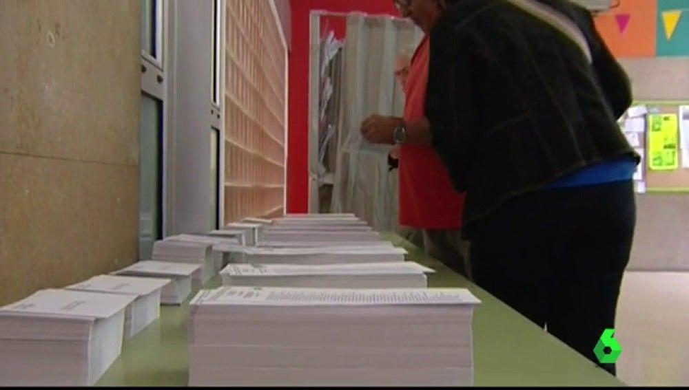 Los partidos no independentistas aumentan la inversión en el envío de papeletas: buscan que los votantes vayan con el sobre cerrado al colegio para, dicen, evitar presiones