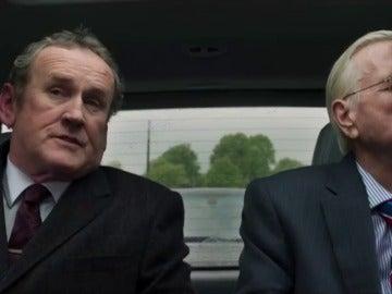 El viaje en coche que convirtió el conflicto armado en Irlanda del Norte en una ansiada solución y una amistad