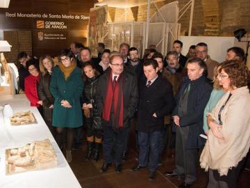 El presidente de Aragón Javier Lambán, durante su visita a Sijena
