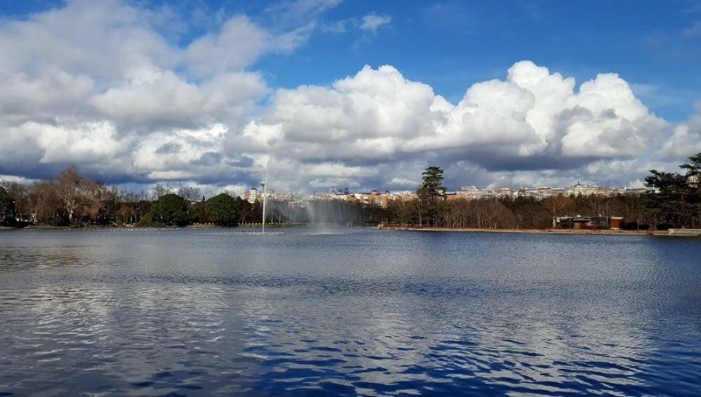 Lago de la Casa de Campo de Madrid