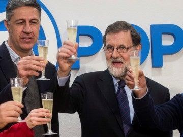 Mariano Rajoy brinda con cava catalán