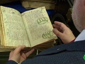 Creado por Da Vinci o por extraterrestres: el Manuscrito Voynich, uno de los mayores enigmas de la historia de la humanidad