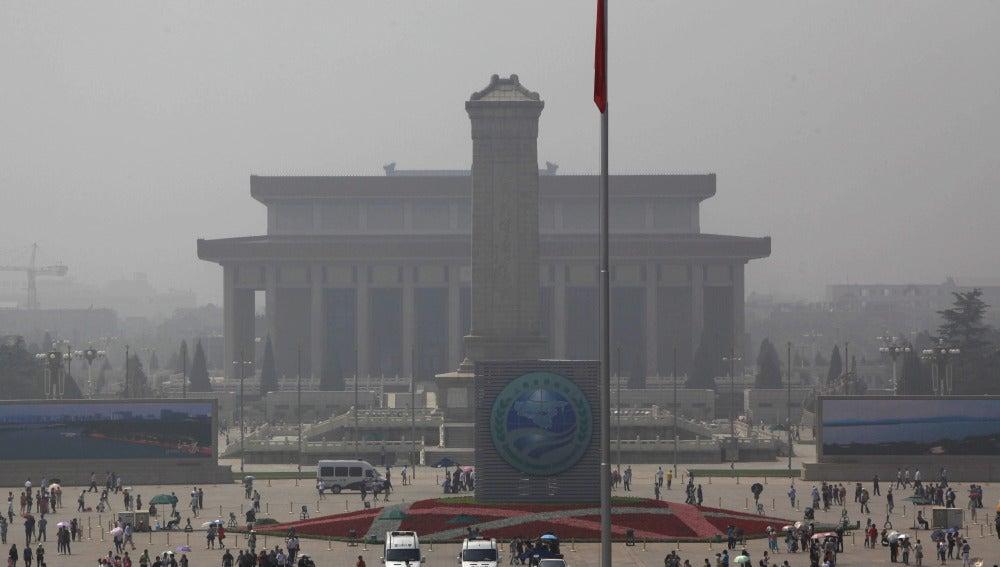 Vista general de la plaza de Tiananmen en un aniversario de los hechos de 1989