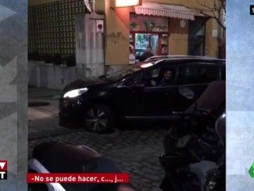 """Increpan a Miguel Ángel Revilla por conducir en dirección contraria por una calle de Santander en Nochebuena: """"¡Que sople!"""""""