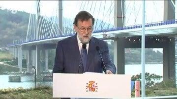 """Rajoy cierra el año 2017 con un nuevo lapsus: """"Les deseo a todos ustedes lo mejor para 2016, que falta nos hace a todos"""""""