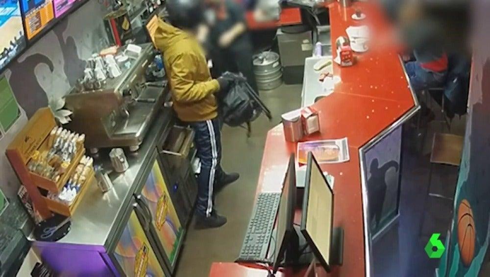 Detenido 'in fraganti' un atracador que asaltaba casinos a punta de pistola