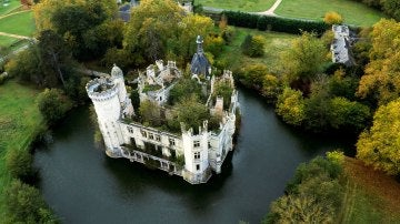 Castillo situado en Loira, Francia