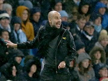 Pep Guardiola durante un partido de la Premier