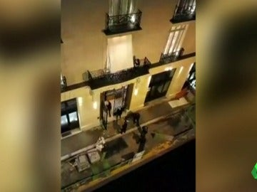 Ladrones armados con hachas roban joyas valoradas en 4,5 millones de euros en el Hotel Ritz de París