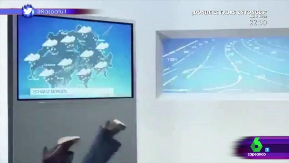 Una periodista cae en directo