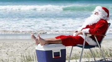 Santa Claus en la paya