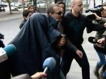 La fiscalía solicita 22 años de prisión para un exprofesor de los Maristas de Barcelona acusado de delitos sexuales