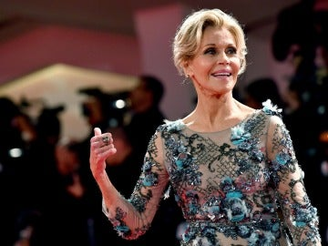 Jane Fonda desvela que le extirparon un tumor canceroso del labio inferior
