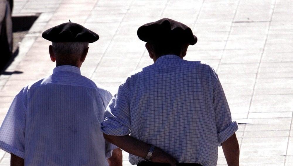 Imagen de archivo de dos ancianos